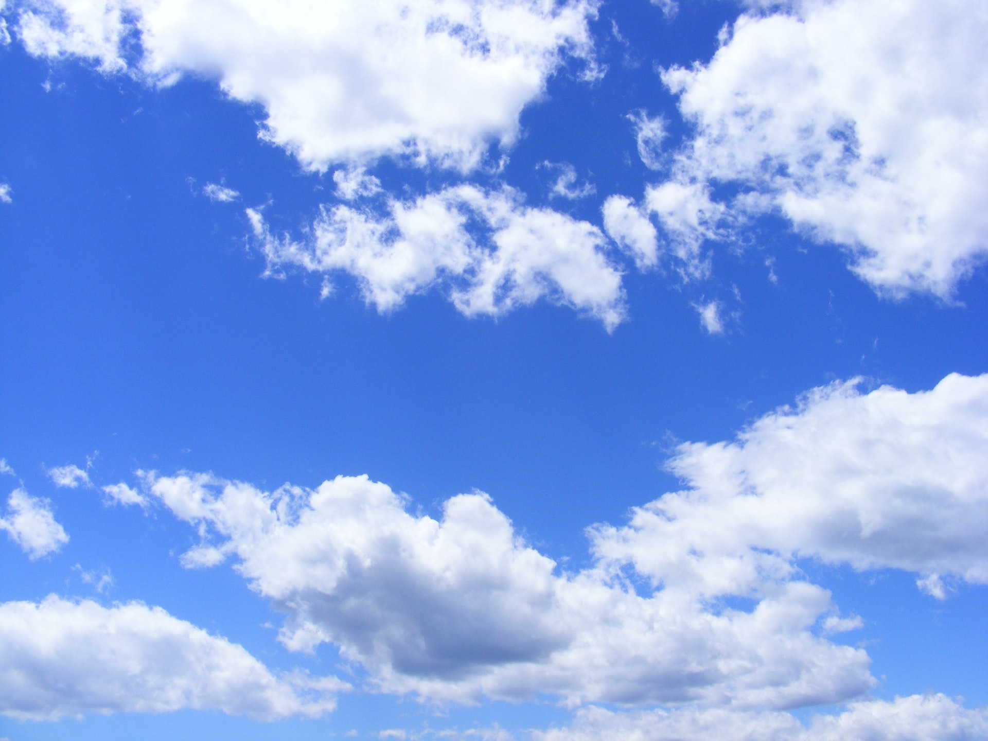 blue-clouds-day-53594